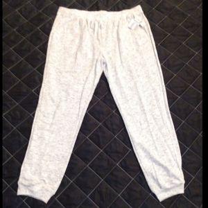 NWT Women's 2X Lightweight Sweatpants SHIPS FREE